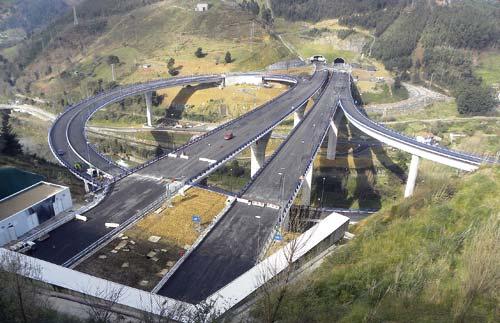 PCI y Climatización en túneles de acceso a la A8